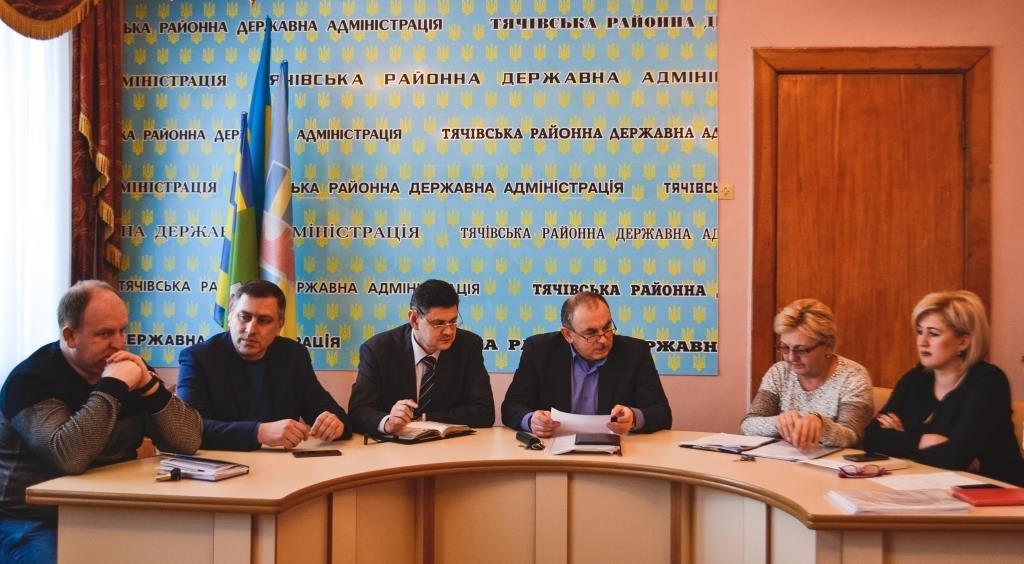 У Тячівській РДА відбулася нарада з сільськими головами стосовно питань забезпечення та захисту прав дитини